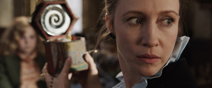 The Conjuring (skip crop)