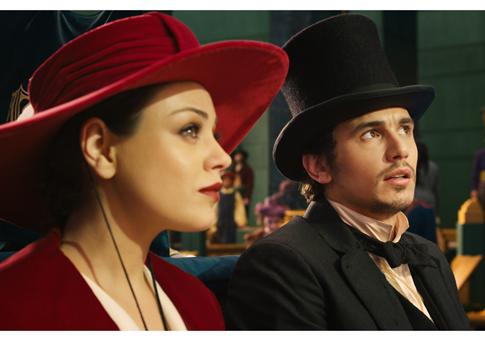 Mila Kunis-James Franco-Oz-485