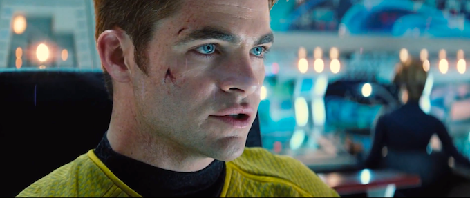 Star Trek Into Darkness trailer, Chris Pine (skiip)