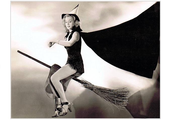 Anne Jeffries-Halloween-680