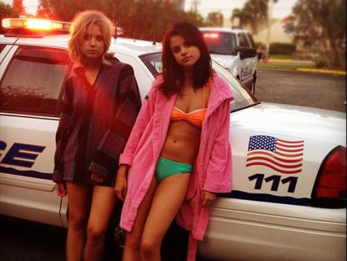 Spring Breakers Selena Gomez skip crop