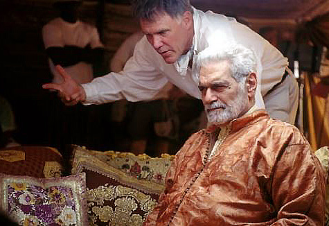 HIDALGO director Joe Johnston on set with Omar Sharif