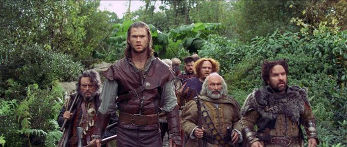 Chris Hemsworth Snow White And The Huntsman Dwarves skip crop