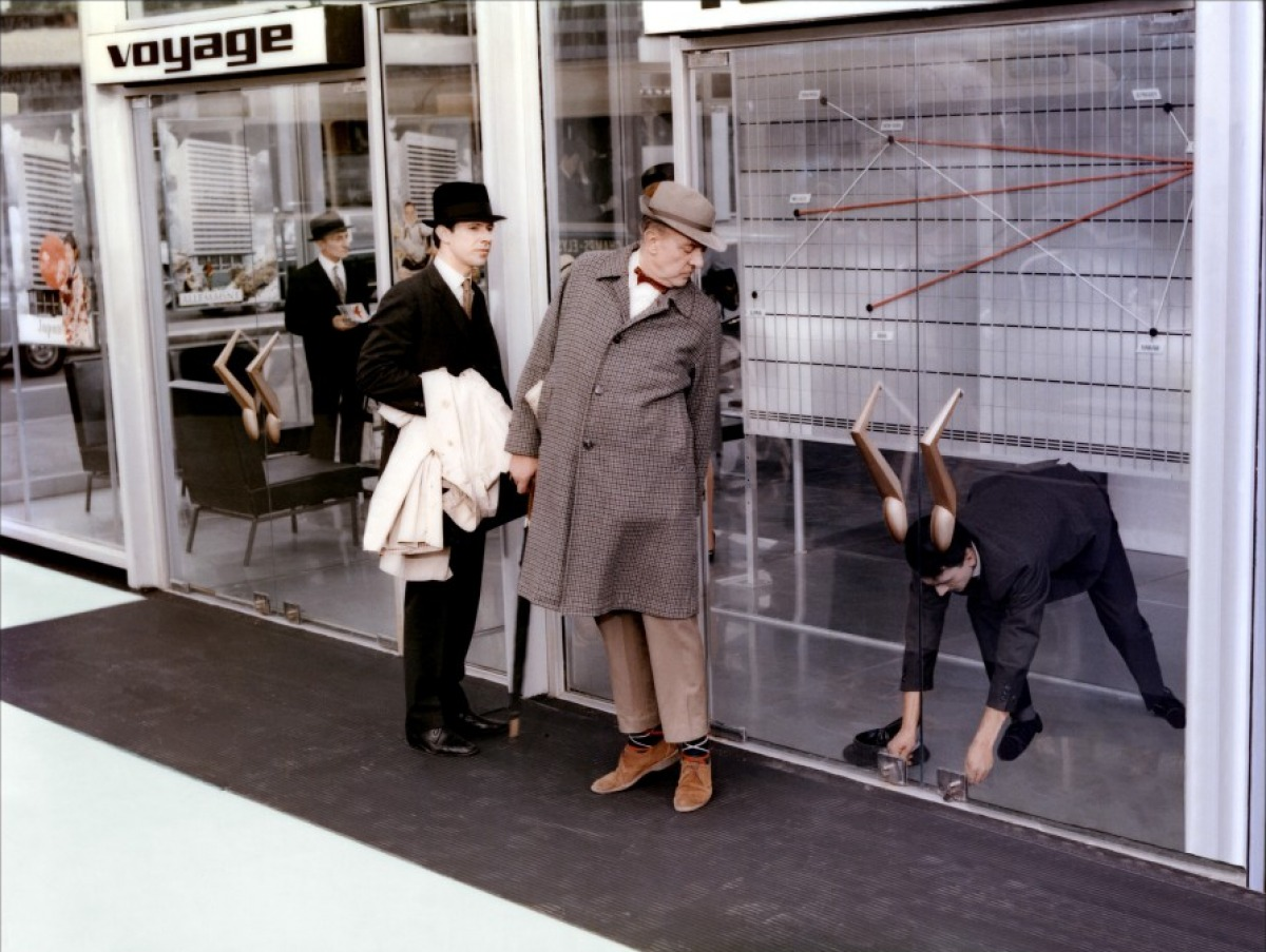 jacques tati s playtime It's been 50 years to the day since jacques tati released playtime, his digressive, dialogue-light comedy about manners of being in the modern city the anniversary has passed without.