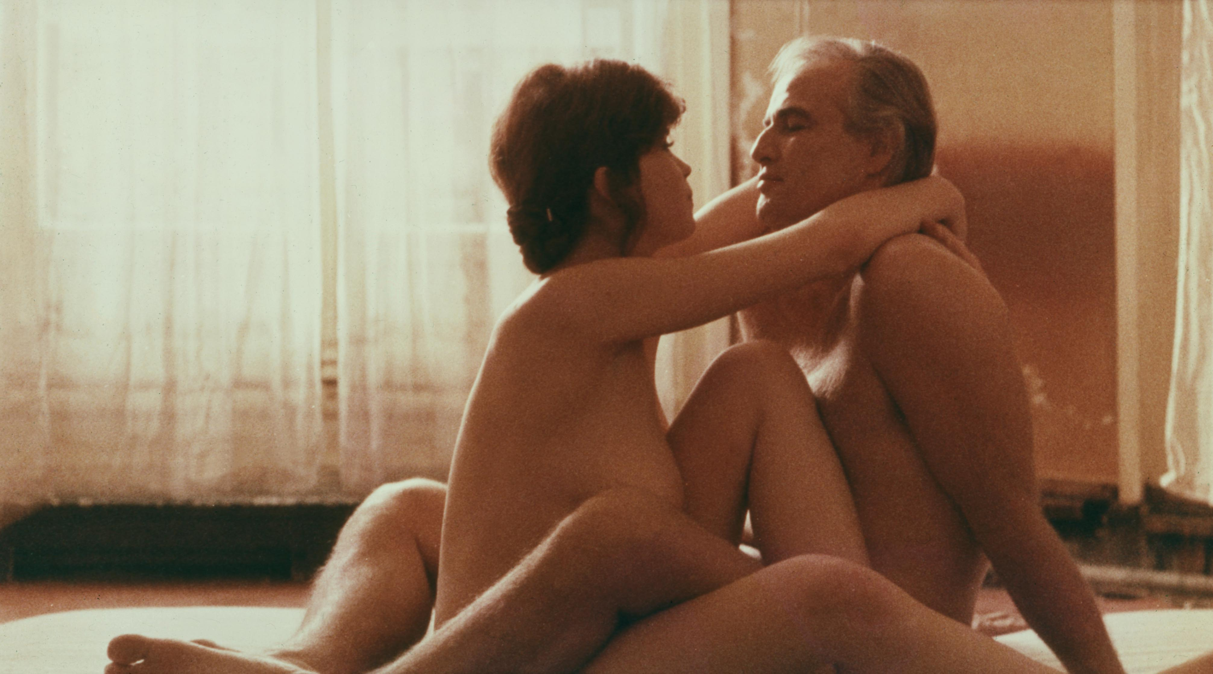 Фото голая в танго 11 фотография