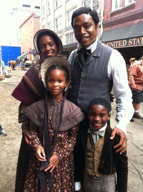Twelve Years A Slave Set Photo Chiwetel Ejiofor Quvenzhane Wallis skip crop