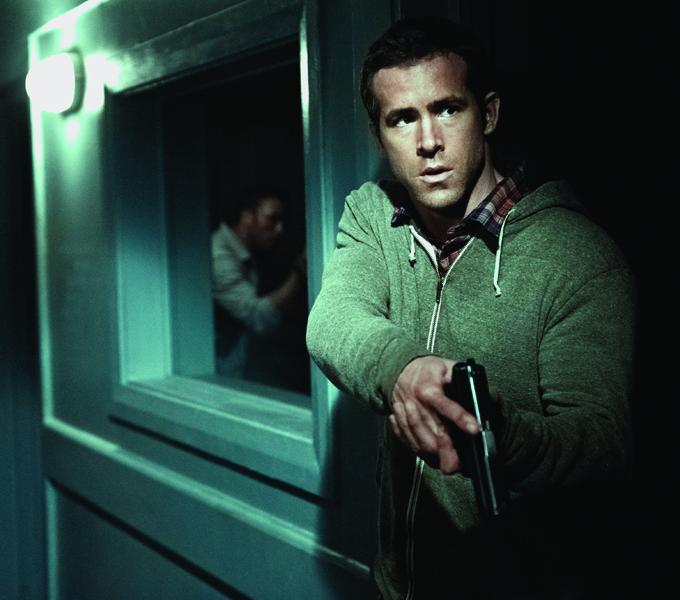 Safe House Ryan Reynolds