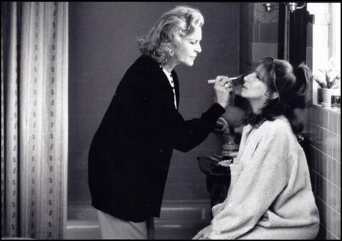 Lauren Bacall-3-485