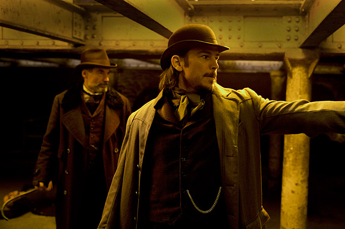 Timothy Dalton-Josh Hartnett-Penny Dreadful-680