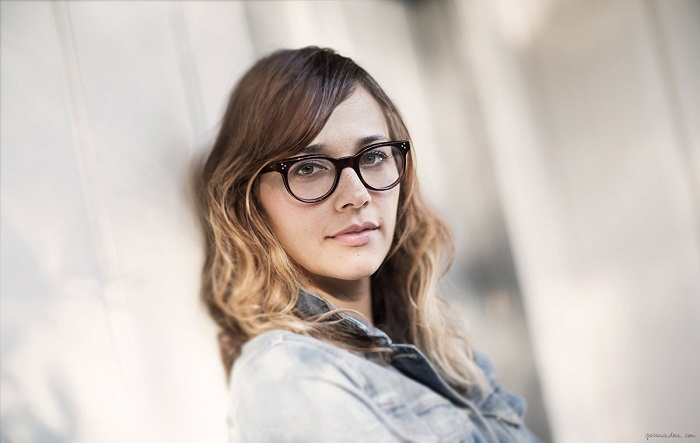 Rashida Jones will executive produce Girls Without Boys