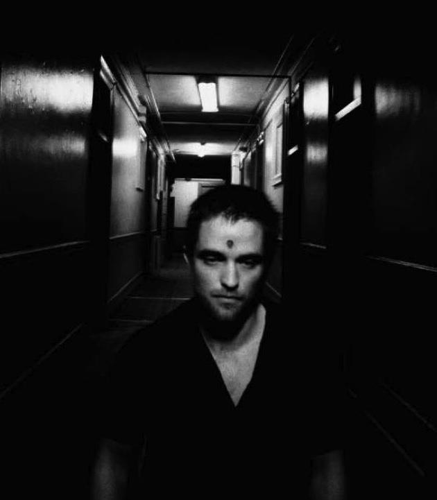 Pattinson Cronenberg Homage