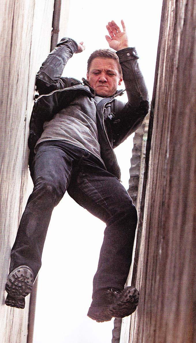 Bourne Legacy Jeremy Renner Magazine Scan skip crop