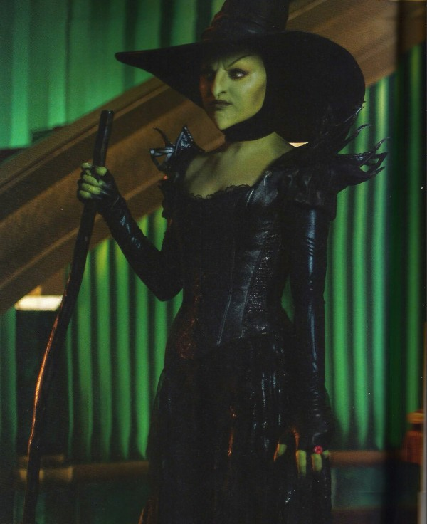 Oz Spoiler Witch skip crop