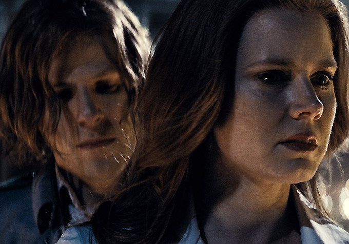 Jesse Eisenberg-Amy Adams-680