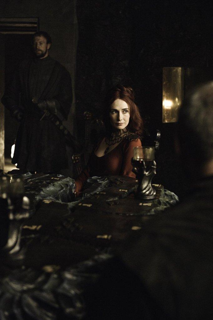 Game Of Thrones Carice Van Houten skip crop