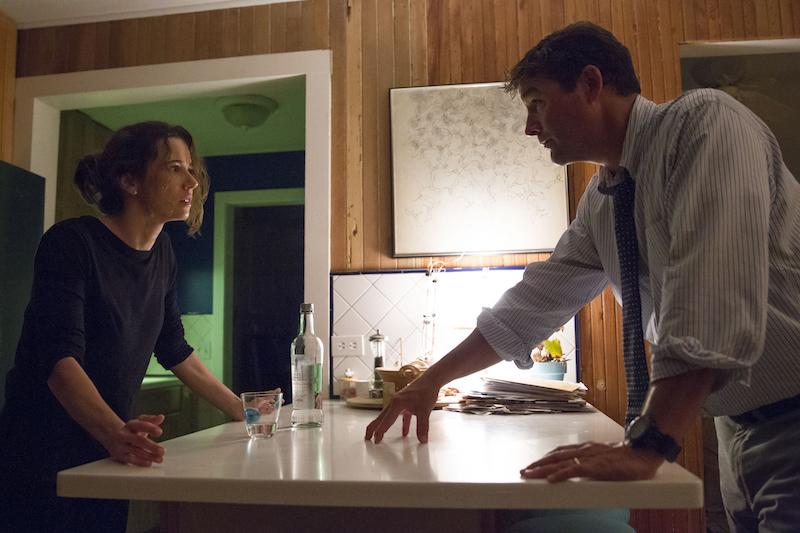 """Bloodline"" Season 2 Kyle Chandler & Linda Cardellini"