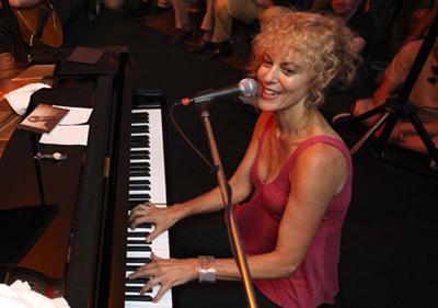 Judy Carmichael-400