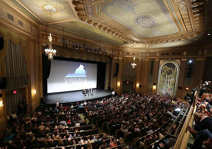 Paramount Theatre in Virginia