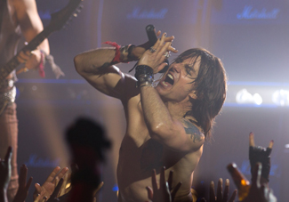 Tom Cruise, Rock of Ages-325