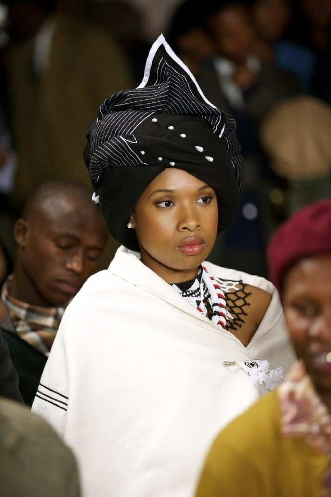 Winnie Mandela (skip crop)