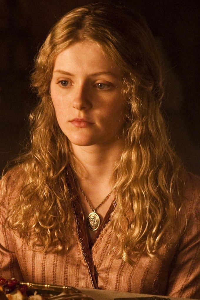 Game Of Thrones Aimee Richardson skip crop