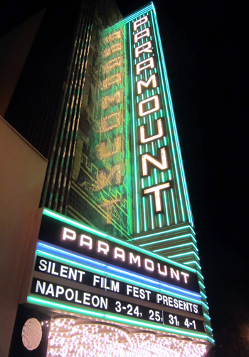 Paramount Theatre in Oakland-350