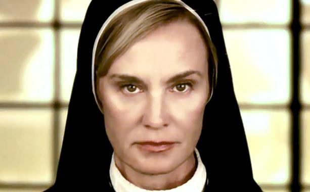 American Horror Story Jessica Lange skip crop