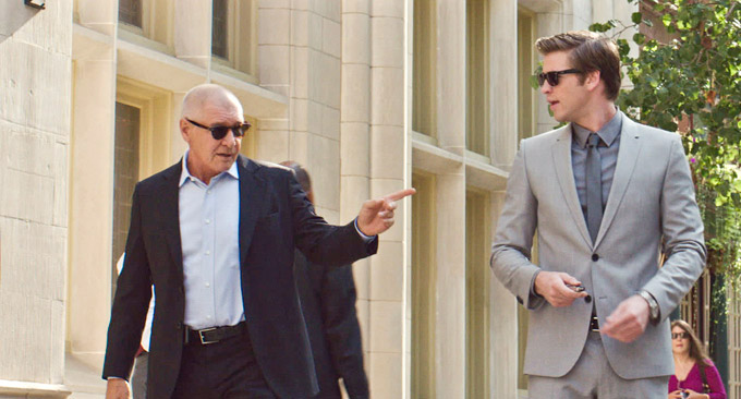 Harrison Ford Liam Hemsworth Paranoia skip crop