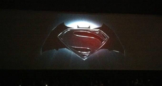 Superman, batman logo