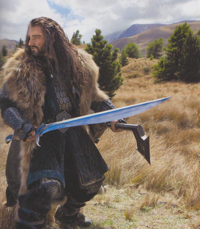 The Hobbit skip crop