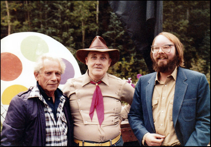 Fuller poses with film scholar William K. Everson and film-buff-turned-producer Jon Davison at Telluride in 1981.
