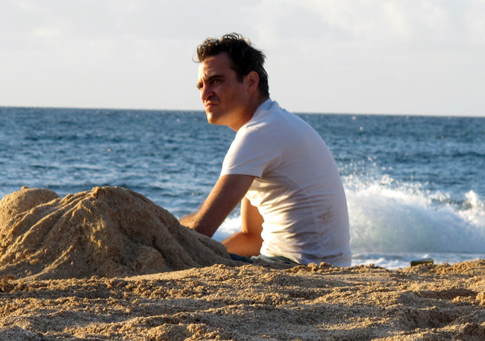 joaquin phoenix the master beach