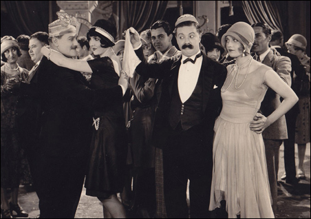 Vernon Dent, Carmelita Geraghty, Billy Bevan and a young Carole Lombard in 'His Unlucky Night' (1928).