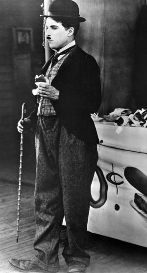 Charlie Chaplin-321