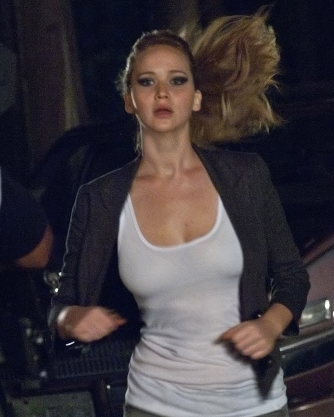 House At The End Of The Street Jennifer Lawrence skip crop