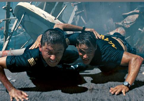 Taylor Kitsch in Battleship-485