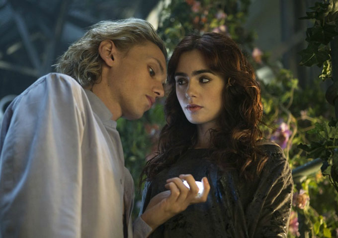 review �the mortal instruments city of bones� starring
