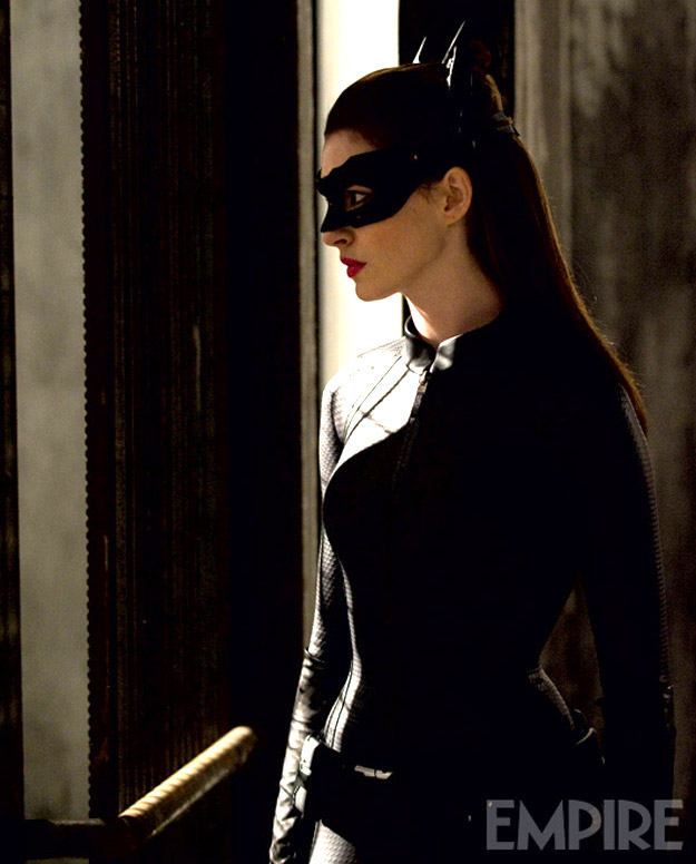 The Dark Knight Rises, Catwoman, Hathaway, skipcrop