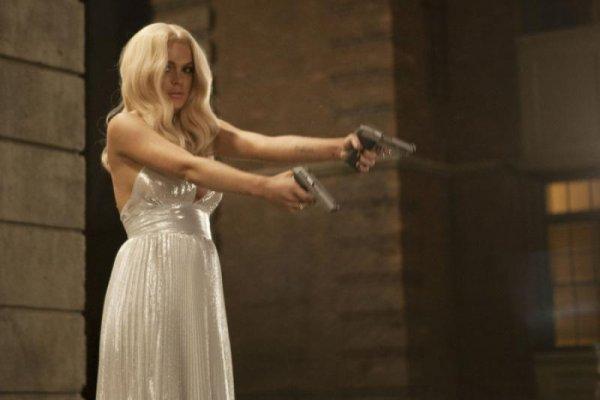 InAPPropriate Comedy Lindsay Lohan skip crop