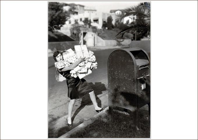 Dorothy Gulliver-Xmas Still-680