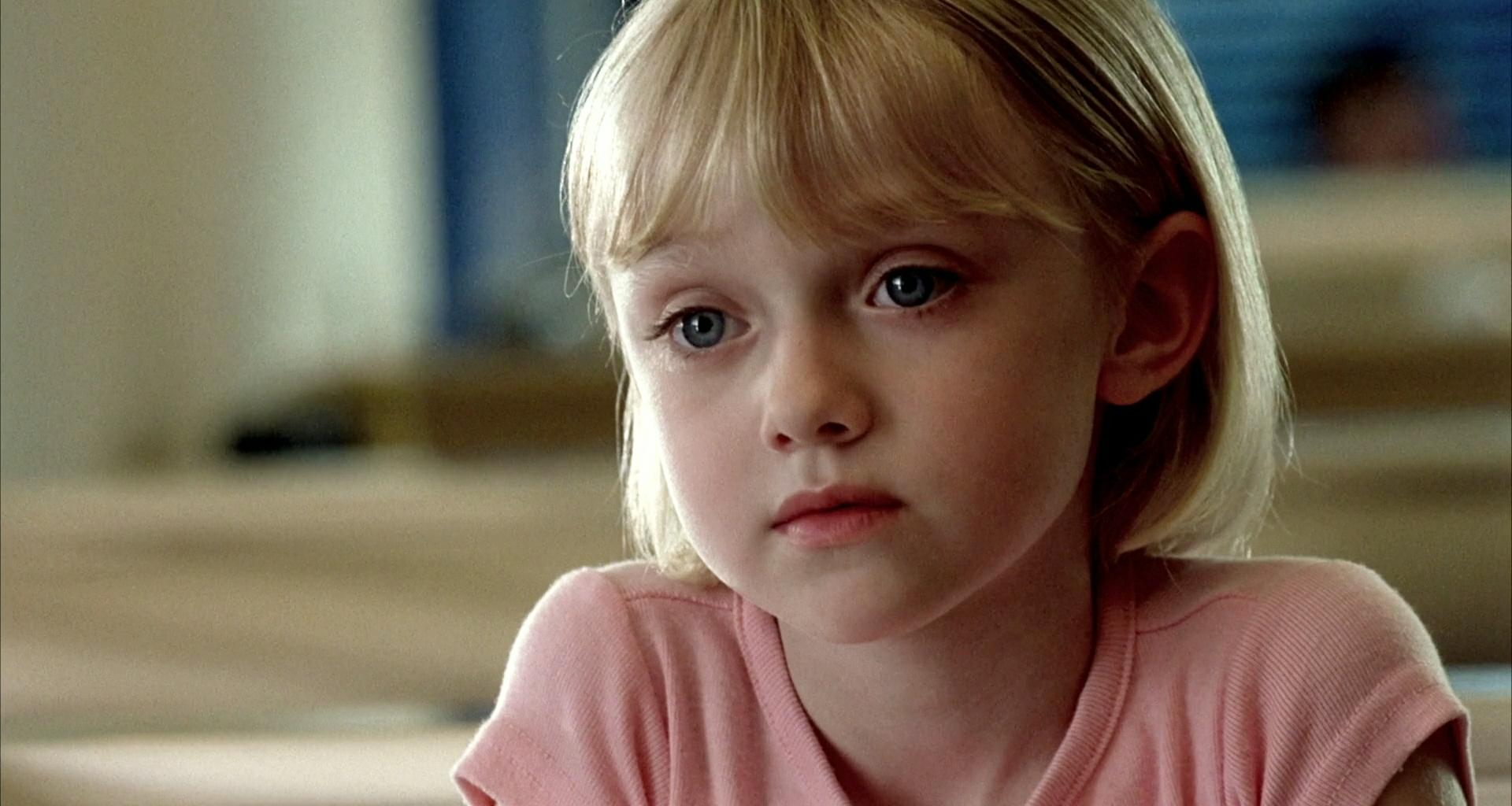 Tribeca: Why Dakota Fanning Doesn't Consider Herself a ... I Am Sam Elle Fanning
