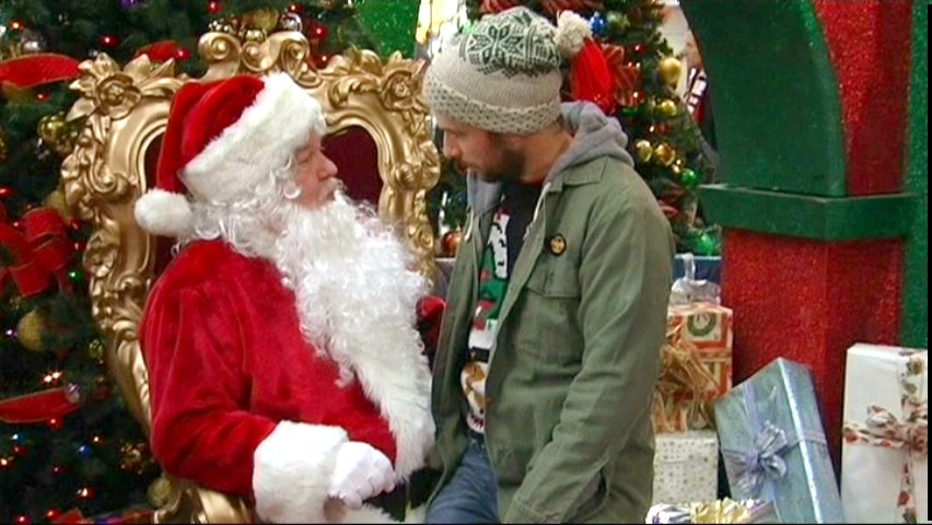 Always Sunny Christmas.11 Of The Most Messed Up Christmas Episodes In Holiday Tv