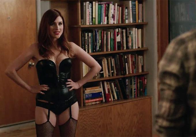 Christina aguilera nude scene