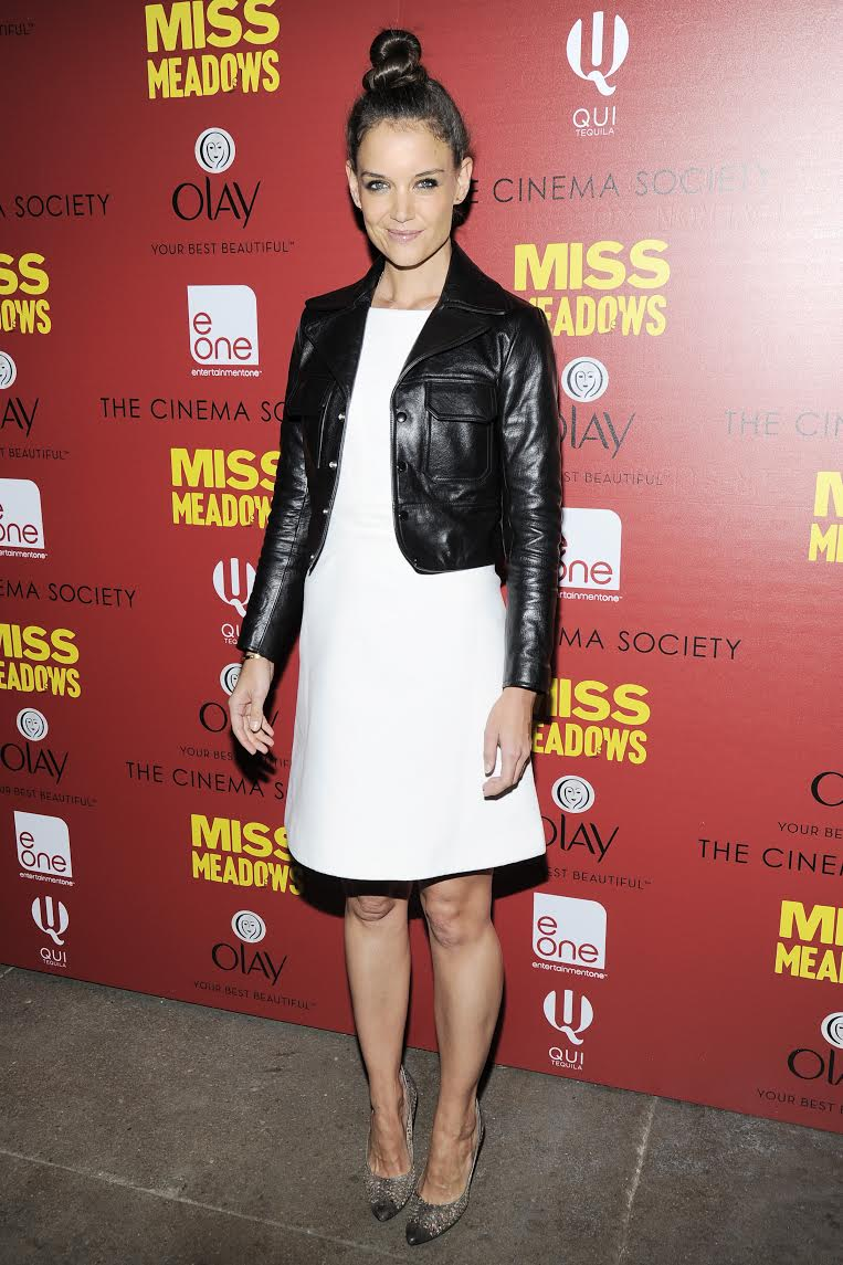 Watch: Katie Holmes On Her 'Dawson's Creek' Family, 'Miss